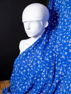 Вискоза с принтом (белый букет на синем)